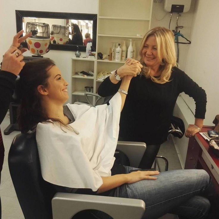 Pinella Passaro @pinellapassaro con Elisa una delle modelle storiche del nostro tutorial e nostra amica al trucco della Rai....i preparativi per questa puntata iniziano presto non perdetevela!