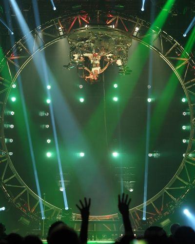 Tommy Lee of Motley Crue defying gravity. Hard Rock Hotel & Casino, 2012