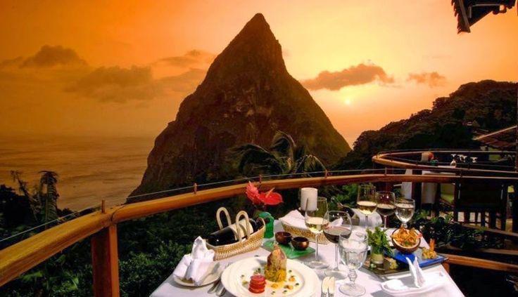 Dasheene, St. Lucia – Índias Ocidentais com vista para o mar caribenho e picos