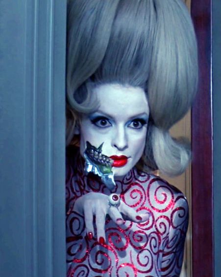 Mars Attacks.. I want this costume for halloween