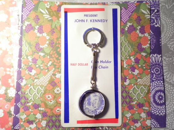 1 Kennedy Half Dollar Coin Holder Key Chain by epicvintagejewelry
