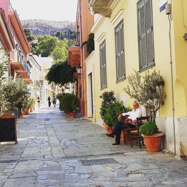 "161 Likes, 1 Comments - Elena Z. 🎭 (@zelena_28) on Instagram: ""Μια όαση μέσα στην πόλη!  #athens#photography#peaceful#walking#mycitylife🌞📷❤"""