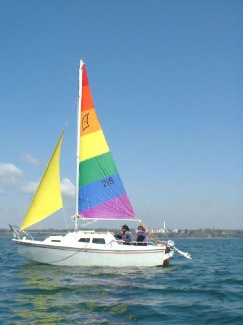 13 best west wight potter images on pinterest boating for Small catamaran fishing boats
