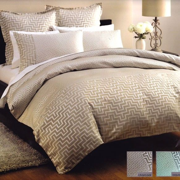 Linen House Harrington Jacq Linen Beige Gold Queen Quilt