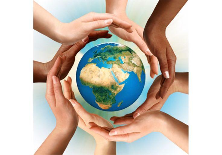 Il COEMM sta curando con grande impegno un progetto internazionale che ha come esempio pilota proprio l' Italia grazie al coinvolgimento di tutti i comuni in cui sono presenti dei salotti culturali propedeutici proprio al successo di questo sogno, considerato utopistico, ma che alla luce dei risultati