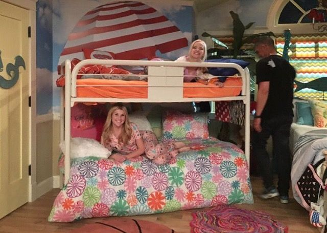 Liv and Maddie season 4 | Dove cameron, Decoración de unas ...