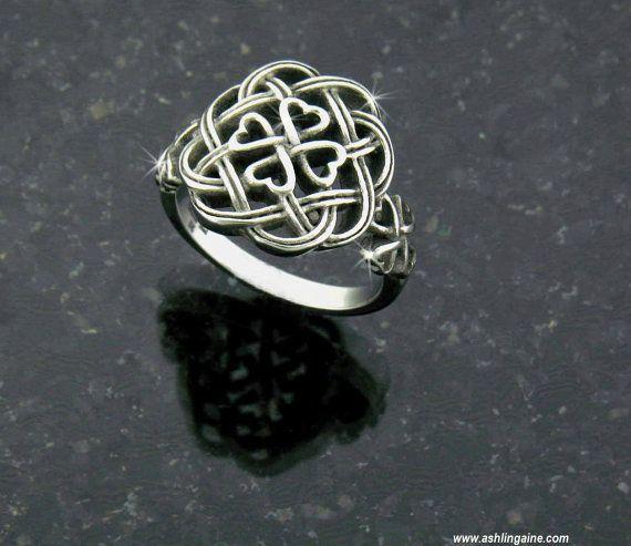La eternidad amor nudo celta trébol cruz anillo S75 por AshlingAine