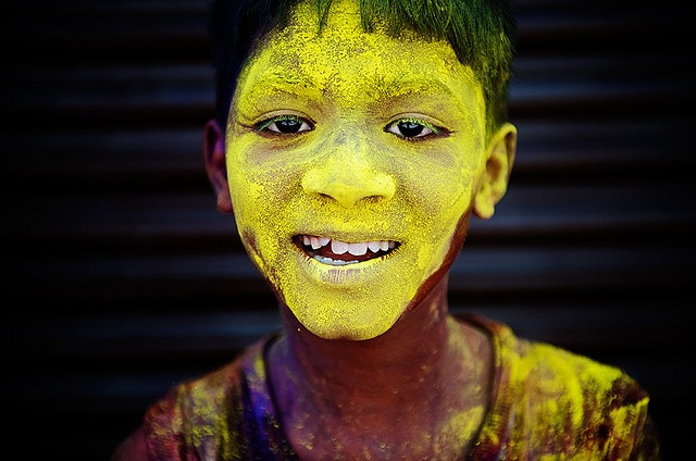holi // festival of colors // india // © poras chaudhary.Colors Sunshine, India Festivals, Face Colors, Holy Festivals Colors, Colors Consider, Holy Face, Holy Image, Holy Pictures, Colors India