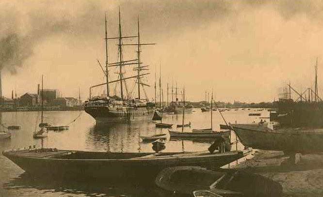 The Southern Belle in the stream, Port Adelaide, South Australia, 1870