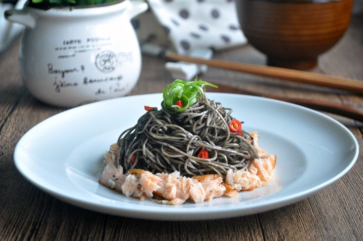 [GIVEAWAY] Asian Noodles w Black Sesame Sauce & Scallions   Free Consultations from Beijing 101 and Shopping Vouchers to be Won 黑芝麻青葱干捞面面
