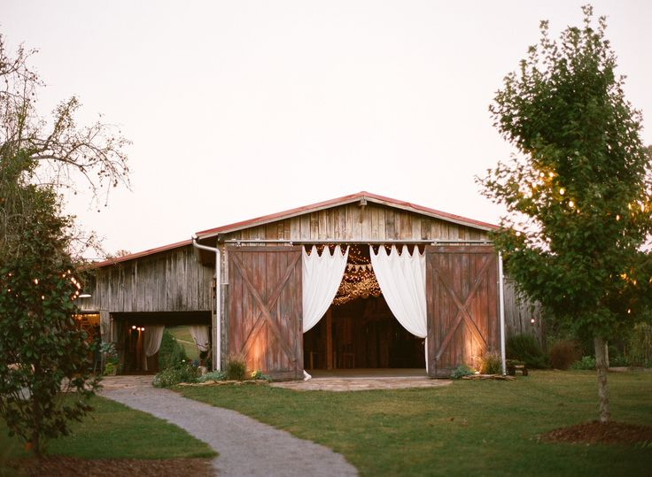 The Barn at High Point Farms - Wedding Venue - The Barn at High ...