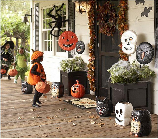 77 Best Halloween Porches Images On Pinterest