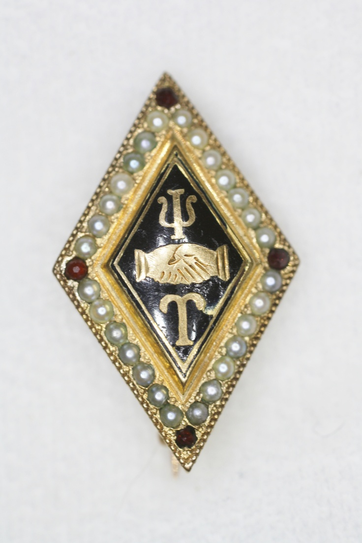 Gorgeous old Psi Upsilon with pearls and garnet points