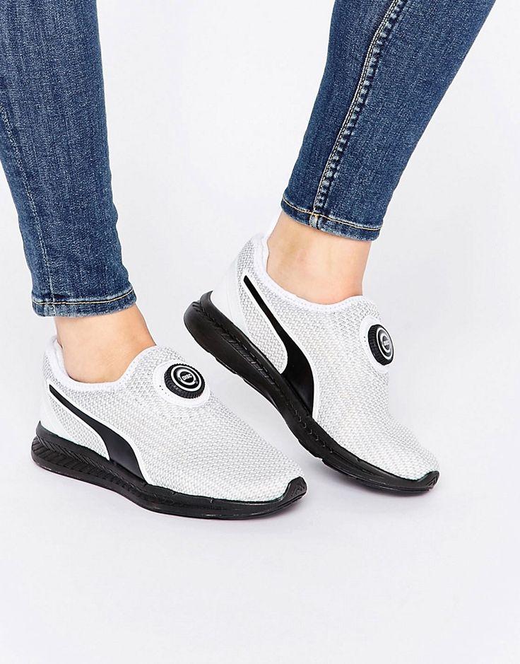 ¡Cómpralo ya!. Zapatillas sin cordones con diseño de punto y disco Ignite WN's de Puma. Zapatos de Puma, Exterior de punto transpirable, Cierre sin cordones, Lengüeta en el talón, Lengüeta y tobillo acolchados, Suela gruesa, Dibujo moldeado, Limpiar con un paño húmedo, Exterior: 100% textil. Mezclando el mundo deportivo y su estilo de vida, los innovadores productos de Puma fusionan con éxito las diferentes influencias creativas de los mundos del deporte y la moda. La colección de c...