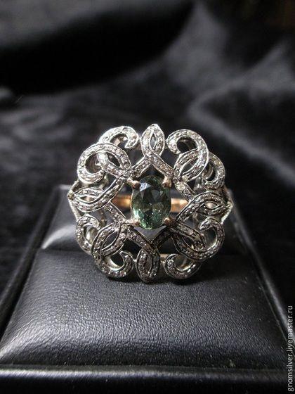 Кольца ручной работы. Ярмарка Мастеров - ручная работа. Купить Уникальное кольцо с сапфиром 1,58 карата из Кении и бриллиантами. Handmade.