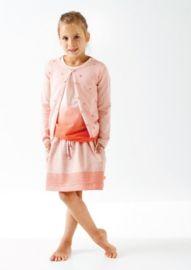 Heb jij een sportieve dochter die wel graag een rokje draagt én van roze houdt? Dan is dit rokje echt iets voor haar!