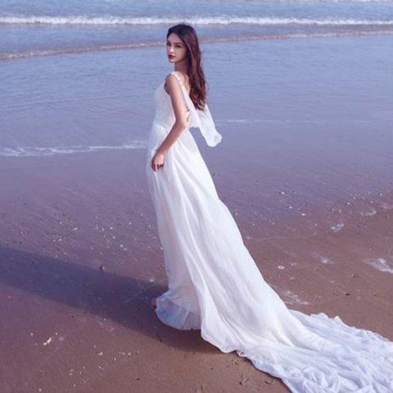 우아한 웨딩 드레스 2017 새로운 섹시한 여신 쉬폰 드레스 흰색 테마 커플 사진 해경 어깨