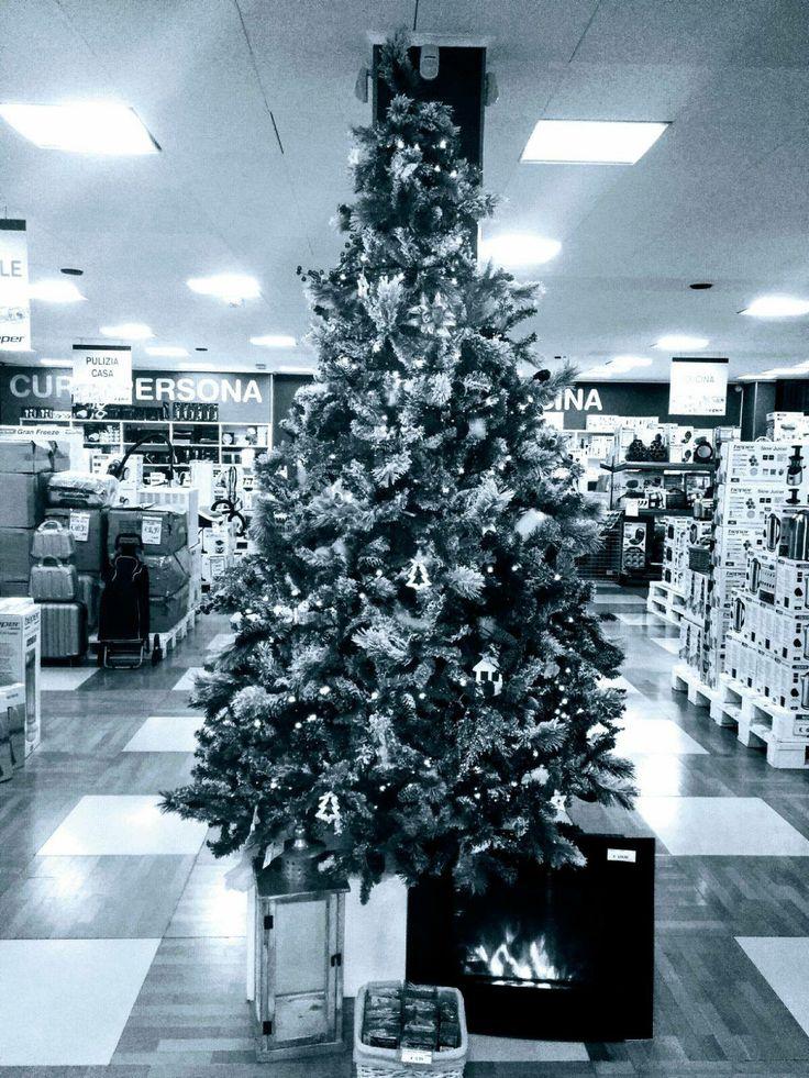 Allo Spaccio Aziendale di Vallese (VR), via Antonio Salieri 30, è arrivato il NATALE. Vieni a scegliere i tuoi regali, ogni 100,00 € di spesa  4 FLUTE in OMAGGIO.  @beperhome #beperpormotions #christmas