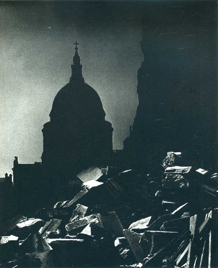 #Bill Brandt #photography.  St. Paul's, London, WW2