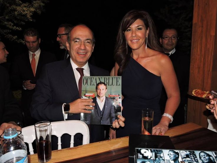 Thank you for joining us, Former President, Felipe Calderón Hinojosa! A night of GLITZ & GLAMOUR! Amidst a multitude of internationally recognized premium luxury brands, the Ocean Blue Glamour Racing Party was the ultimate success and is proud to celebrate the prestigious and historic event of F1, Mexico.