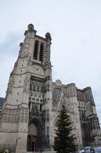 Troyes in Champagne-Ardenne  EN: www.en.arttrip.it/troyes/ ITA: www.arttrip.it/troyes-un-tuffo-nel-medioevo/
