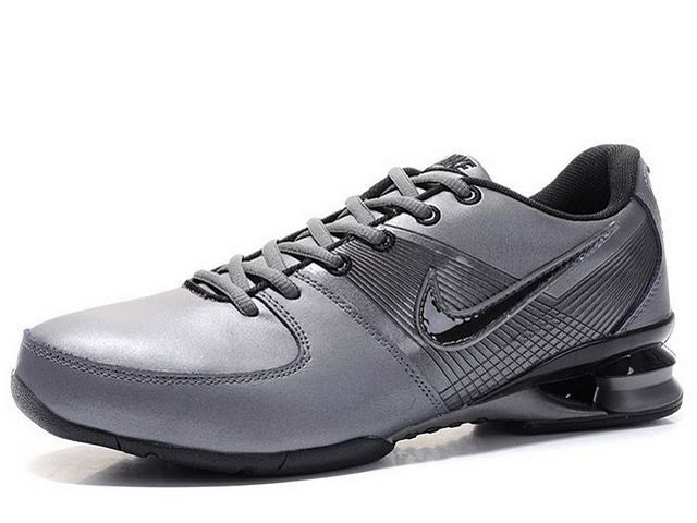 Chaussures Nike Shox R2 Noir/ Argent [nike_12153] - €45.93 : Nike Chaussure Pas Cher,Nike Blazer and Timerland  http://www.facebook.com/pages/Chaussures-nike-originaux/376807589058057
