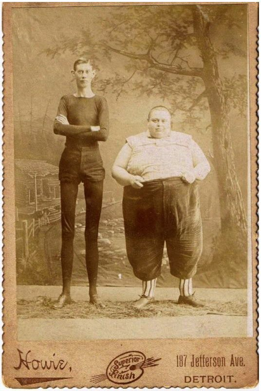 Fatso and Thin Man - Cabinet Portrait by Howie, 187 Jefferson Avenue, Detroit - 1890's