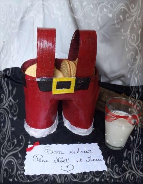 Panier pantalon de père noël - Activité manuelle et bricolage pour enfant