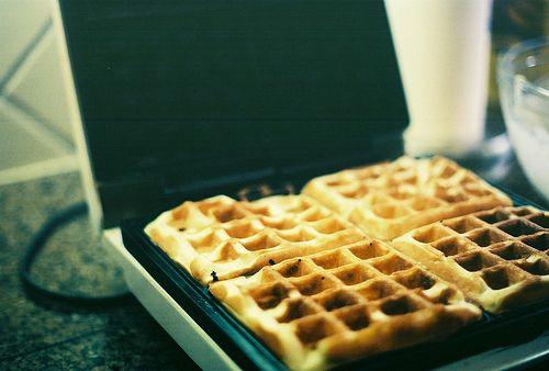 Waffles: Eating Animal, Food Pornrecip, Yum Food, Waffles Irons, Foodies Inspiration, Baking Cakes, Apples, Start Posts, Delicious Food