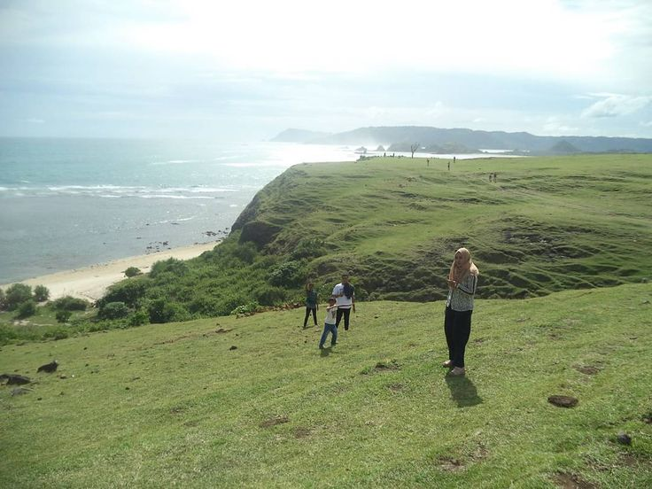 https://yoexplore.co.id  Bukit merese #explorelombok  #exploreindonesia #travellingindonesia #travelasia #adventure #adventureindonesia #tourandtravel #touroperator #localguide #explorenature #southeastasia #startup #startups #startupindonesia  #yoexplore #Repost @muhammadrifan29 with @insta.save.repost