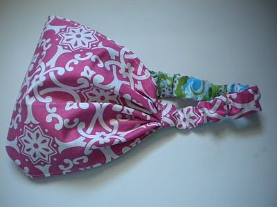 This is something I am hijacking for sure for my girls, myself, and I bet I could get some cool boy fabric for my son.   http://sugarnspicecreations.blogspot.com/2010/07/s4s-extra-curricular-activities-part-2.html