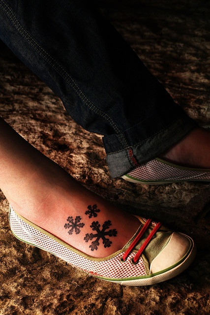 similar to the single snowflake on my right foot