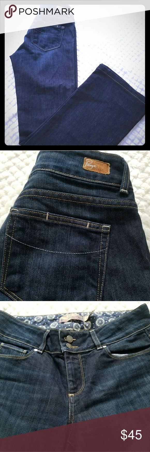 "🎉SALE🎉 Paige Hidden Hills Bootcut Size 29 Darkwash bootcut and in perfect condition, worn only a few times. Inseam- 31""  Rise-9"". Smoke-free home.  WEEKEND SALE!! **PRICE FIRM** (unless bundled) Paige Jeans Jeans Boot Cut"