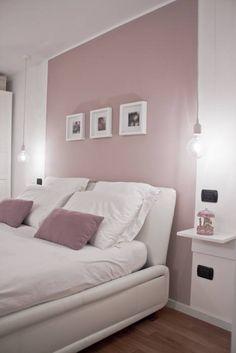 Foto di camera da letto in stile in stile moderno : relooking di un appartamento con soppalco | homify
