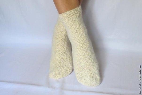 Вяжем шерстяные носки на 5 спицах