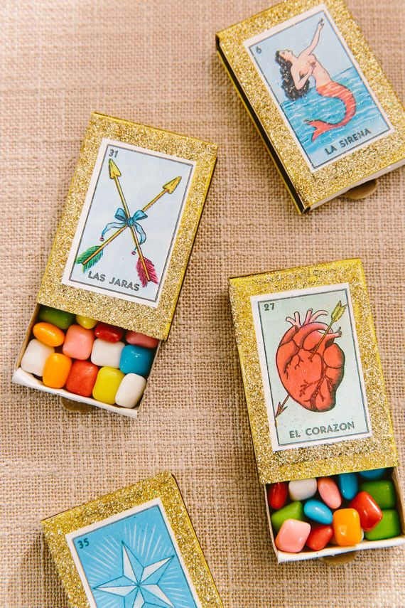 Lotería chicles wedding favors