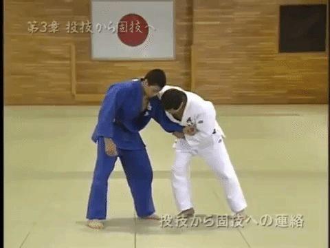 Uki waza (floating technique) by Kashiwazaki Katsuhiko