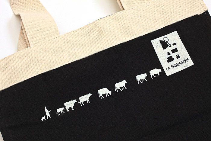 LA FROMAGERIE コットンエコバッグ ブラック - maison de VOSGES|メゾン ド ヴォージュ|雑貨・インテリア・ファッションのセレクトショップ