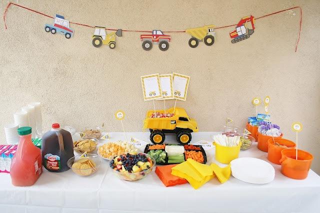 2 year old boy truck party HBD kido Pinterest Birthdays