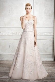 Robe de mariée Style 1672 par Kenneth Winston collection 2017