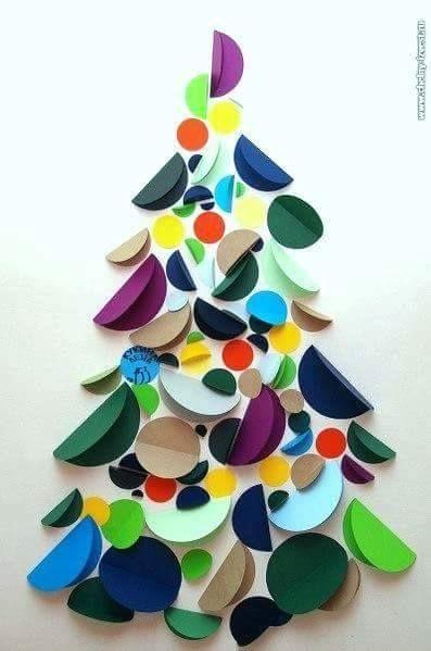 Kerstboom met kerstballen knutselen