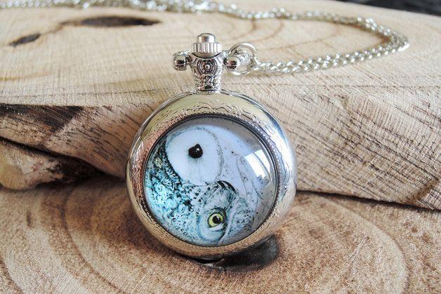 Zakhorloge uil Yin en Yang zilveren ketting.  Tick, Tack ...   Een adorably antiek zilver uil zakhorloge ketting.  Dit vintage look horloge heeft een top kwaliteit Quartz uurwerk en werkt op...