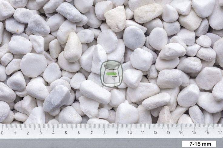 Carrara grind geleverd in big bag | siergrindwinkel.nl Carrara grind is een ronde getrommelde siergrind. Deze uit Italië afkomstige marmer word gewonnen in groeves en daarna rond gemaakt