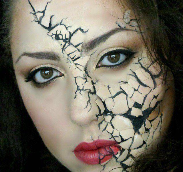 maquillage pour Halloween femme: la poupée craquelée