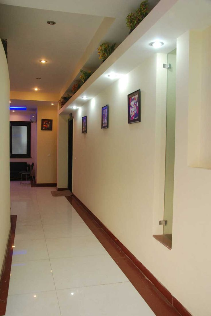 Looking for Hotels near sector 32 gurgaon .Visit our website http://www.thesignatureleaf.com/. We offer a soothing effect on ones senses during stays and visits one make during their business trips.We provide dedicated staff, along with concierge services and 24-hour security.