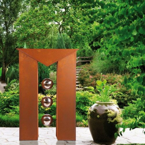 Contemporary art for garden : lots of nice objects on this site
