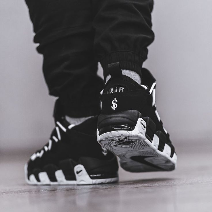 Nike Air More Money Black / White Credit : BSTN