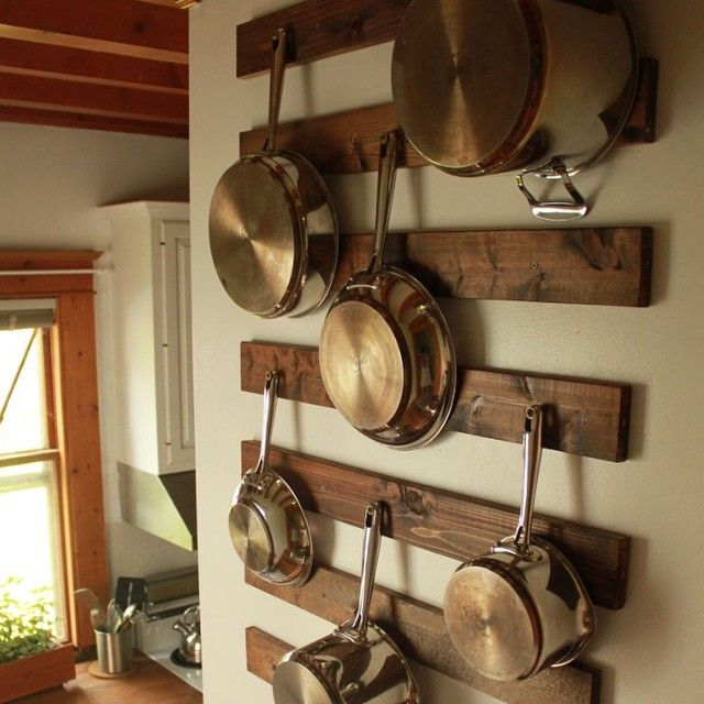 pot rack. remodelaholic's photo on Instagram                                                                                                                                                                                 Más