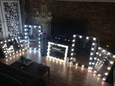 Купить Гримерное зеркало WINTER TALE. - белый, гримерное зеркало, зеркало с лампочками, зеркало с подсветкой