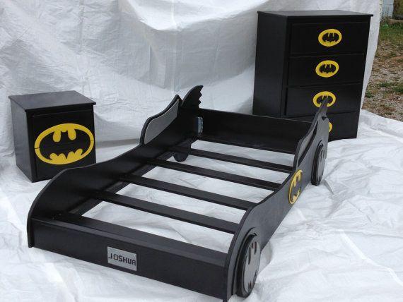 Ve a lo grande y adquiere este juego de cama de Batman para tu hijo. | 23 Ideas para hacer la habitación de súper héroe definitiva